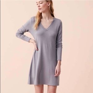 Lou & Grey Signature soft v-neck dress